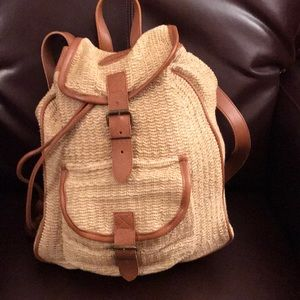 Straw backpack 🎒